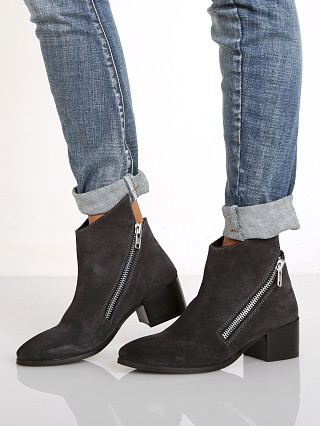 URGE Angela Boot Dark Grey