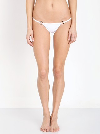 Model in smoke Minimale Animale The Hurry Up Brief