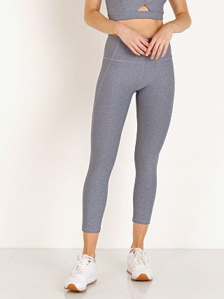 Model in mineral Varley Everett Legging Tight