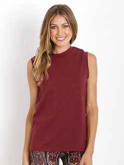 Novella Royale Monument Muscle Tee Oxblood