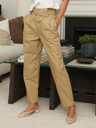 Model in incense Levi's Tailor High Loose Taper Pant