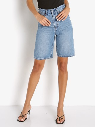 Model in whatever short Levi's High Loose Bermuda Short