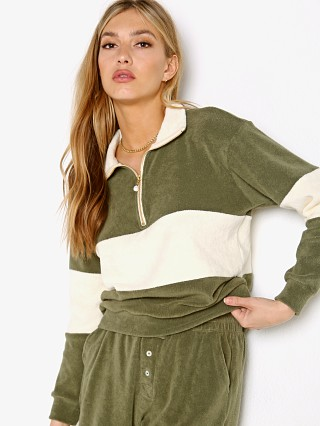 Model in moss DONNI. Terry 1/2 Zip Pullover