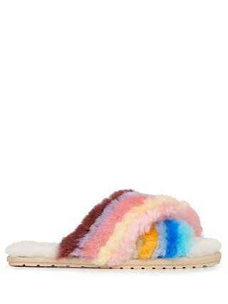 Model in multi rainbow Emu Australia Mayberry Slipper Rainbow