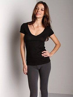 Three Dots Jersey Short Sleeve Deep V Shirt Black