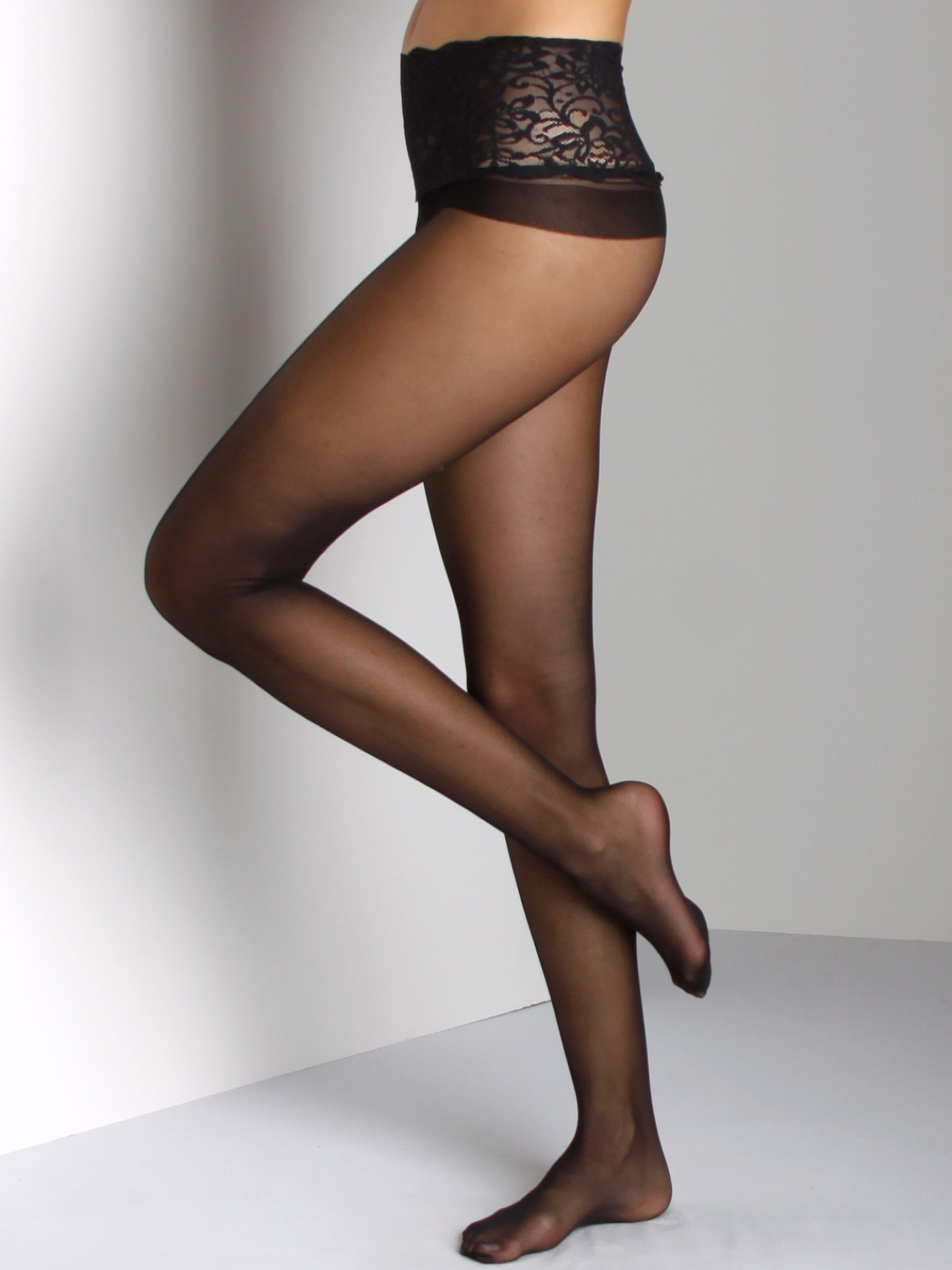a0a4f0448e255 Commando Sheer Tights with Lace Waist Black H10T1 - Free Shipping at Largo  Drive