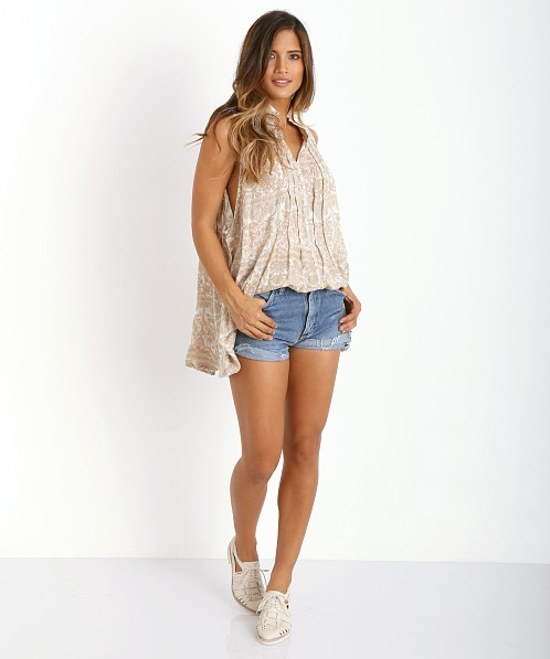 Novella Royale Misty Dreams Button Down Tank White Chantilly