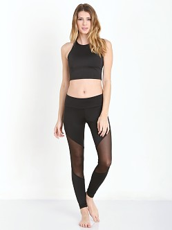 Onzie Sleeveless Crop Top Black
