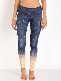Onzie Graphic Legging Time Travel