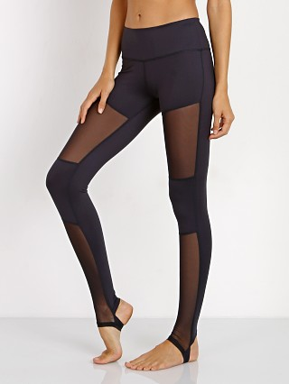 You may also like: Varley Melrose Tight Navy