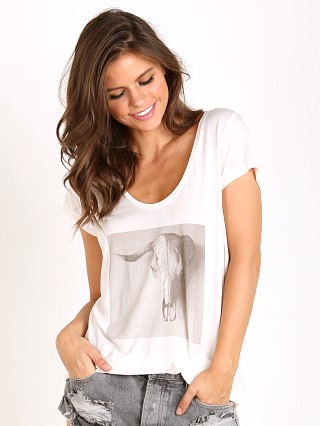 Stillwater Cowskull The Scoop Neck Tee Ivory