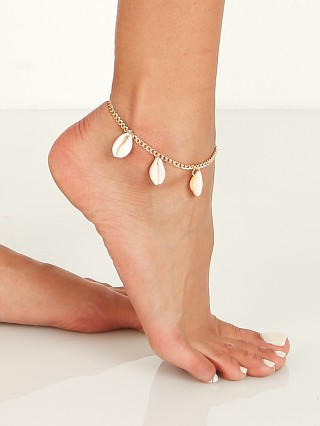 Largo Drive X Petit Moments Shell Charm Anklet