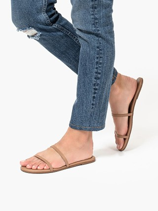 Model in beach bum Tkees Gemma Sandal