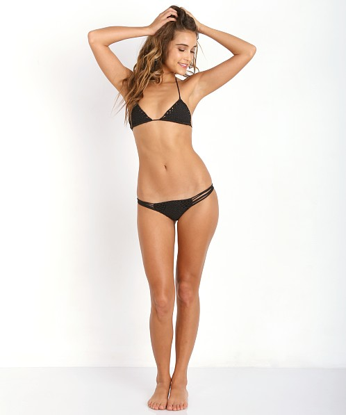 Assured, Onyx bikini models interesting