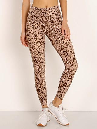 You may also like: Varley Estrella Letelux Legging Saharan Cheetah