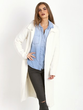 Line & Dot Hepburn Long Duster White