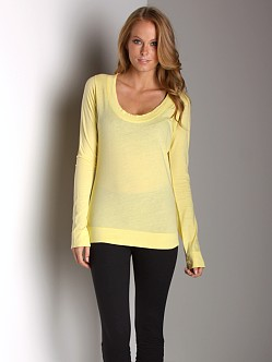 Beyond Yoga Scoop Shirt Lemon