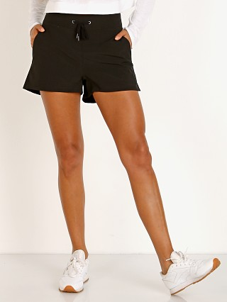 Complete the look: Varley Croft Short Black