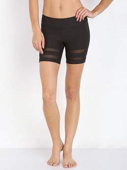 alo Yoga Emma Short Black