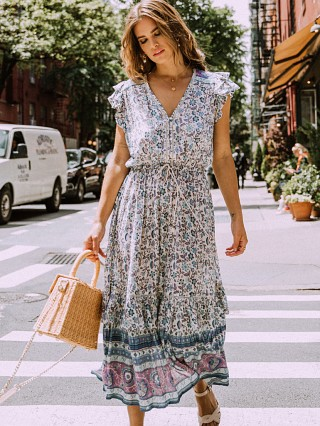 You may also like: Spell & The Gypsy Dahlia Midi Dress Dusty Blue