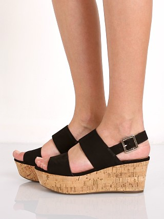 Model in black Schutz Fankia Platform
