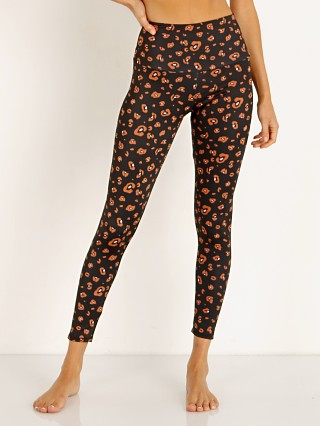Complete the look: Onzie High Basic Midi Legging Lovely Leopard