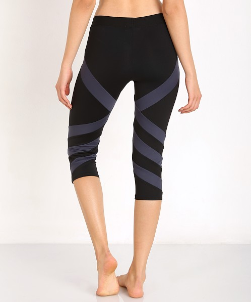 LNA Clothing Stripe Active Crop Black/Grey