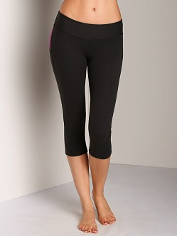 Beyond Yoga Color Blocked Capri Legging Black/Wildflower