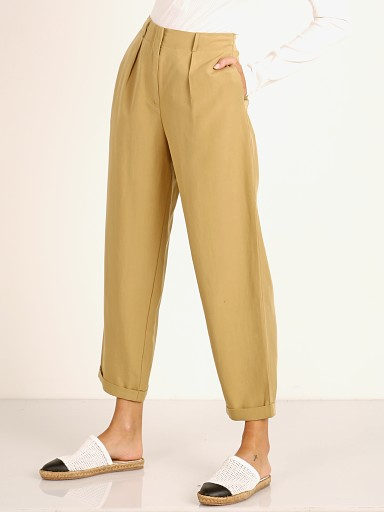 Model in khaki ASTR the Label Calla Pants