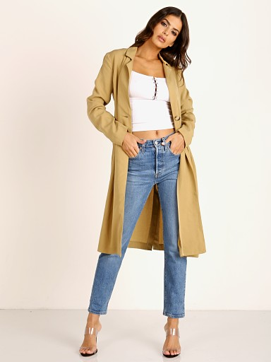 Model in khaki ASTR the Label Reede Jacket