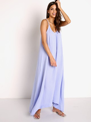 Model in ultravox 9seed Tulum Maxi