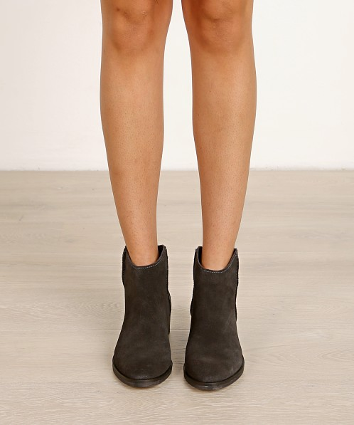 Dolce Vita Tucker Suede Boot Anthracite