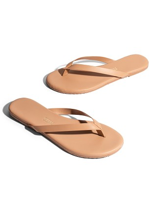 Model in pout Tkees The Boyfriend Flip Flop