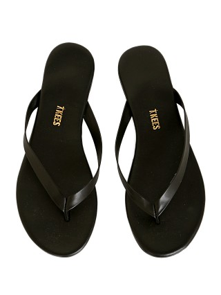 You may also like: Tkees Nori Flip Flops Taro