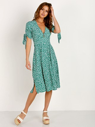 Faithfull the Brand Nina Midi Dress Vintage Bloom Green