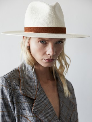 Model in bleach/saddle Janessa Leone Sophia Hat
