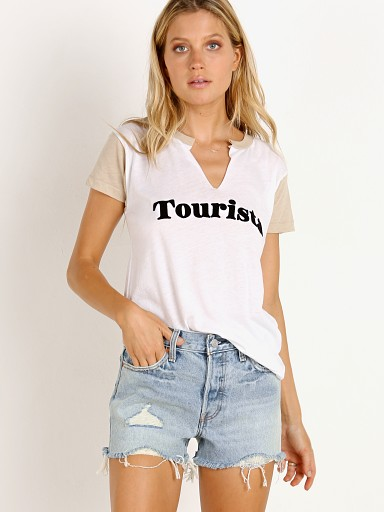 WILDFOX Tourista Woody Tee Clean White/Maderas Tan