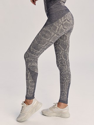 Complete the look: Varley Rosewood Seamless Legging Apricot Python