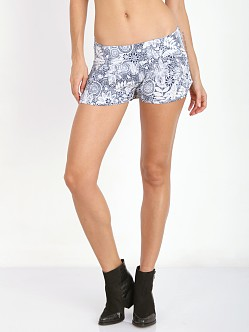 Flynn Skye Shorty Shorts Aloha Dream