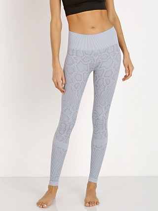 Complete the look: Varley Quincy Legging Grey Snake