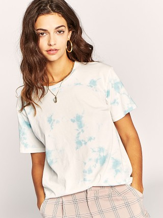 Daydreamer Tie Dye Weekend Tee Cloud Wash