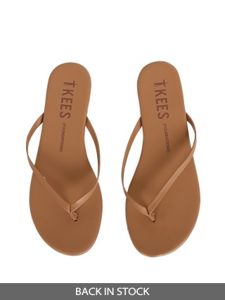 Model in beach bum Tkees Foundations Matte Sandal