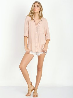 Bella Dahl Shirttail Button Down Nude