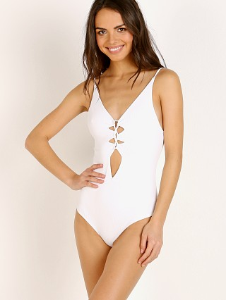 Acacia Rib Kokomo One Piece White Rib