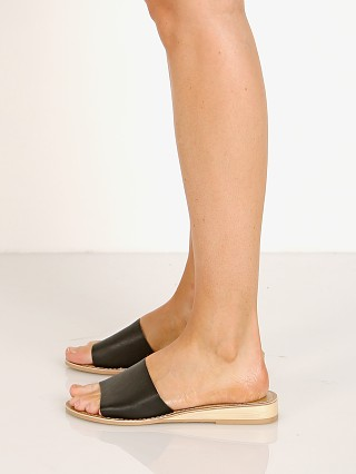 You may also like: Matisse Tiki Sandal Black Leather