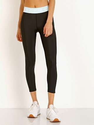 You may also like: PE NATION Kick Force Legging Black and Mint