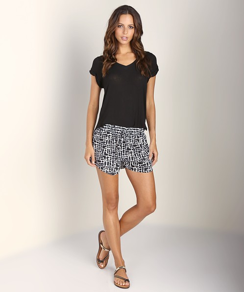 Tolani Malika Short Black White