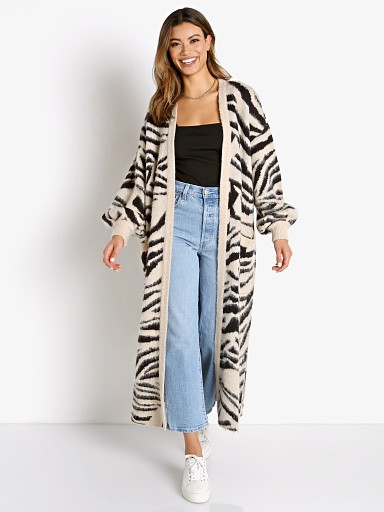 Model in tiger knit Show Me Your Mumu Out and About Cardi