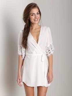 Stone Cold Fox Fox Robe White