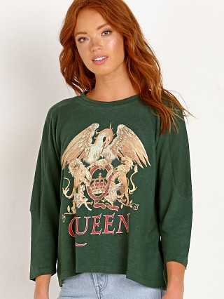 Daydreamer Queen Crest Football Tee Emerald